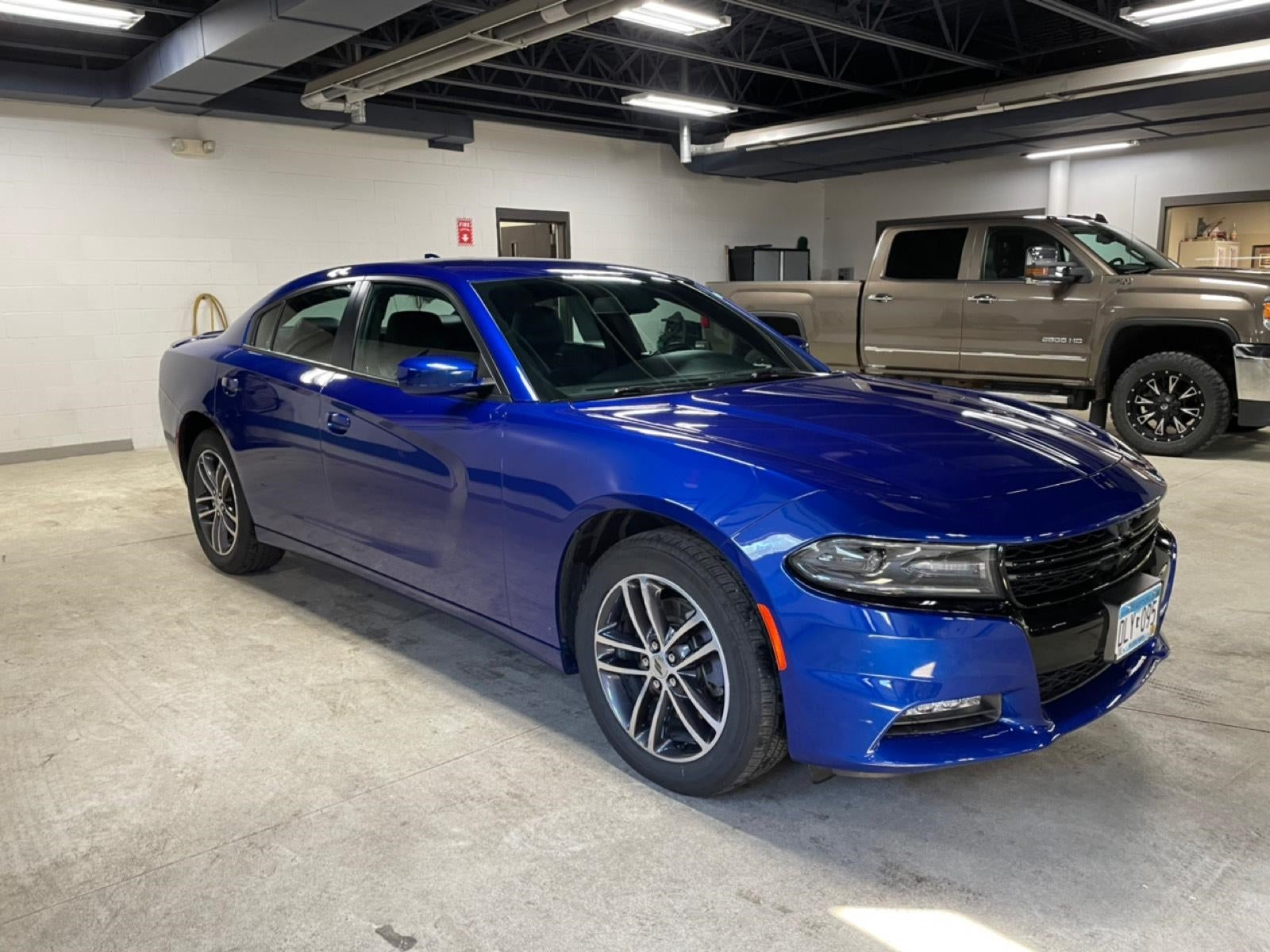 Used 2019 Dodge Charger SXT with VIN 2C3CDXJG3KH520704 for sale in New Ulm, Minnesota